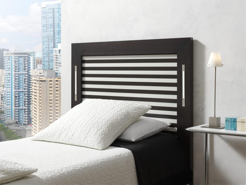 Led Tete De Lit tête de lit mdf plaqués chène teinté bandes aclairage intégré.